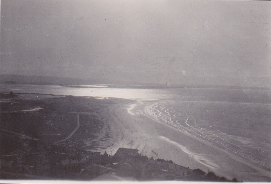 Tahunanui Beach, 1933Lemuel Lyes Collection