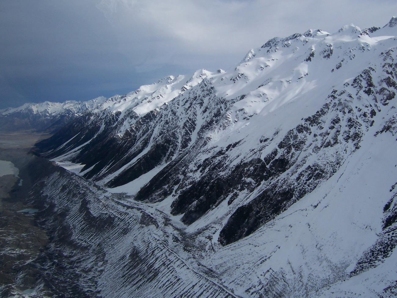 Tasman Valley © Lemuel Lyes