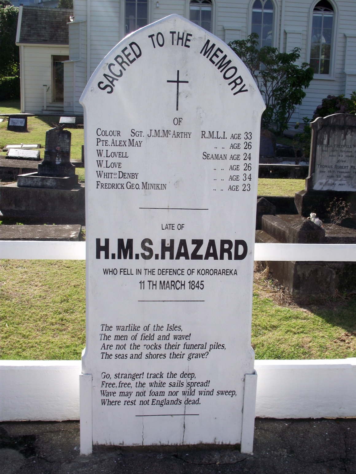 Headstone at the grave of sailors from HMS Hazard who fell during the battle © Lemuel Lyes 2013