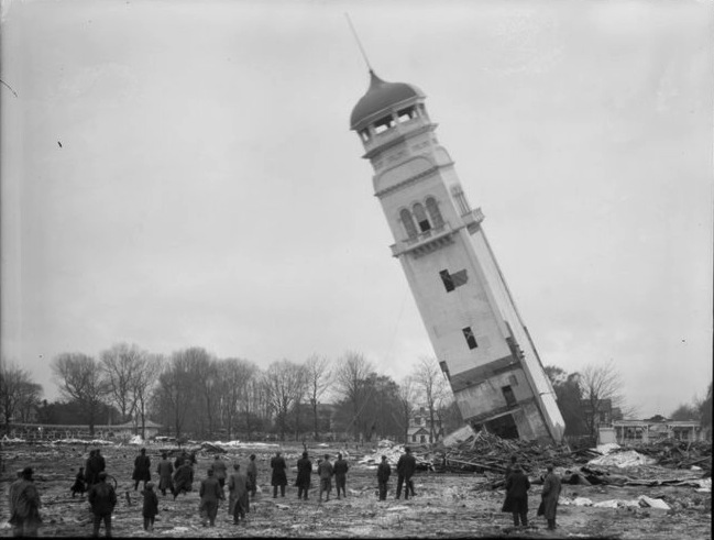 Demolition of the northern tower of the New Zealand International Exhibition of 1906-1907, Christchurch. Webb, Steffano, 1880?-1967 : Collection of negatives. Ref: 1/1-005019-G. Alexander Turnbull Library, Wellington, New Zealand. http://natlib.govt.nz/records/23094295