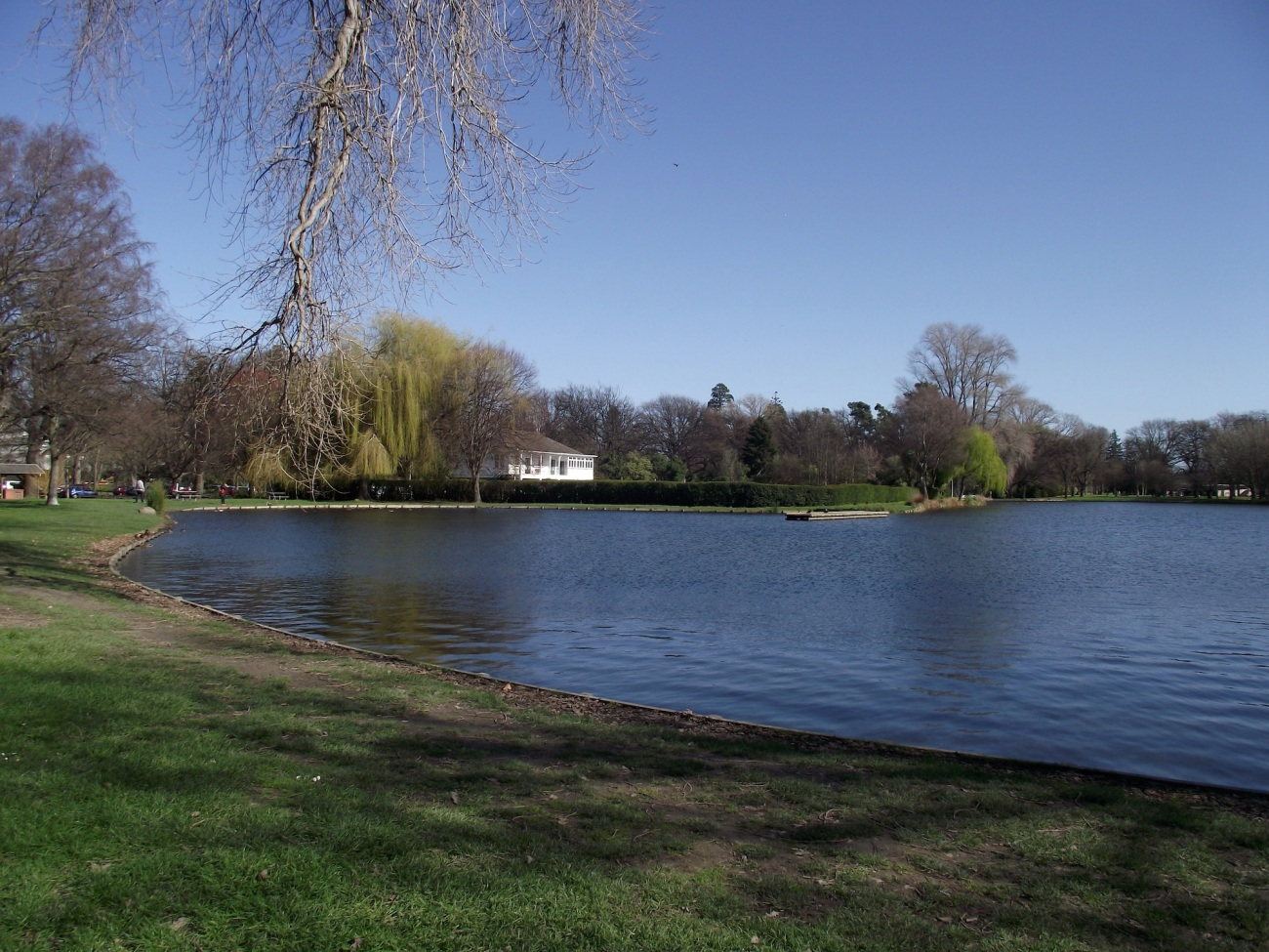 Victoria Lake, Hagley Park in August 2013 © Lemuel Lyes
