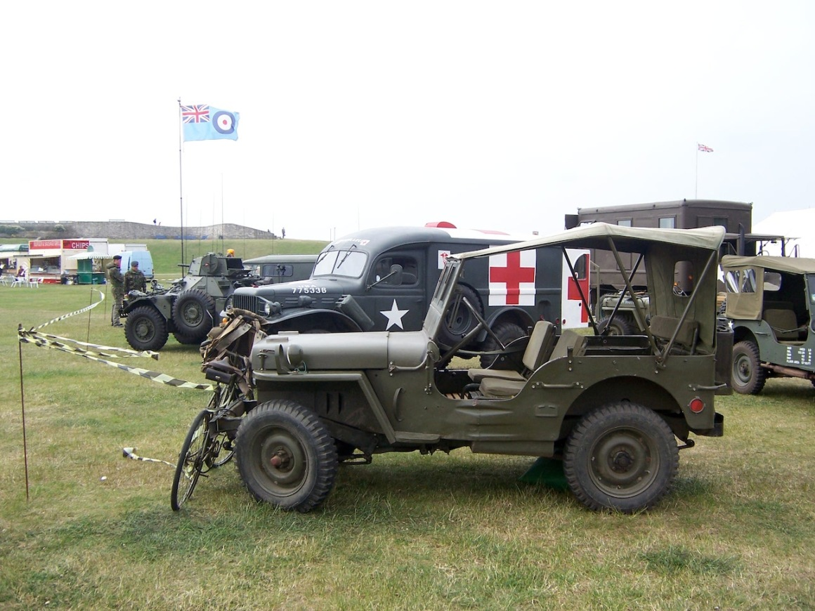 Jeep on display at Portsmouth © Lemuel Lyes