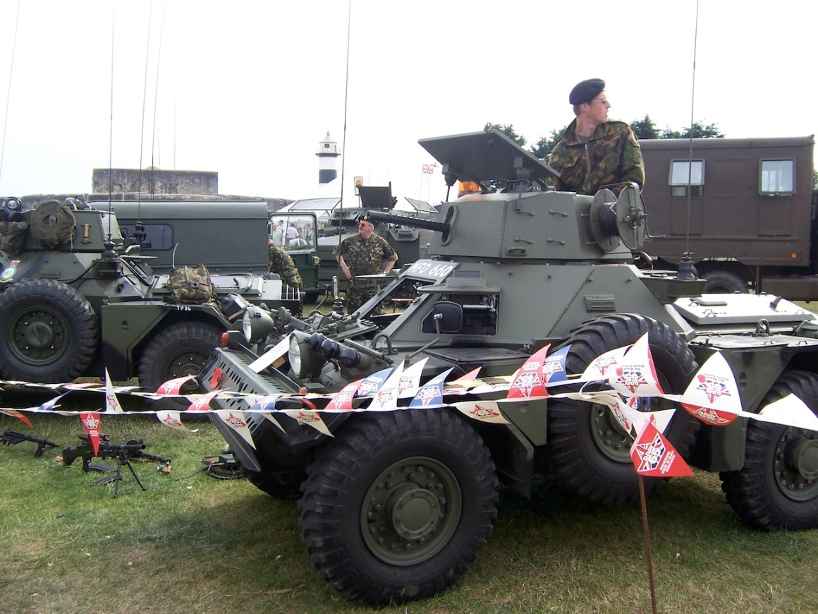 British Army personnel and vehicles © Lemuel Lyes 2009